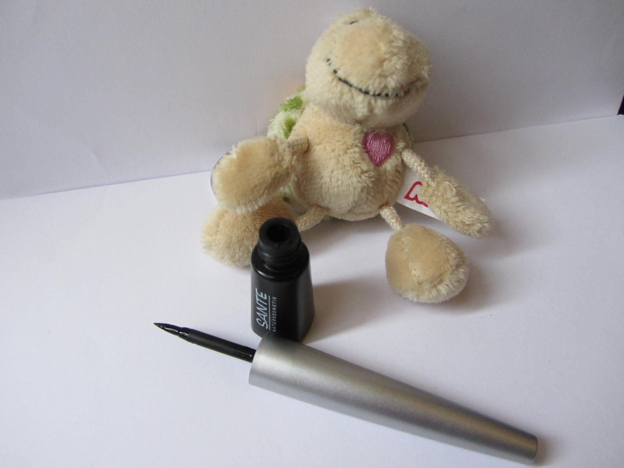 review eyeliner bio by sante cookies tea makeup. Black Bedroom Furniture Sets. Home Design Ideas